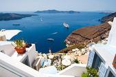 Fira town on the edge of the caldera on the Santorini island, Greece. — Zdjęcie stockowe