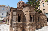 ATHENS-AUGUST 22: The Church of Panaghia Kapnikarea on Emrou street on August 22,2014 Athens, Greece. The Church of Panaghia Kapnikarea is a Greek Orthodox church in Athens. Greece. — Stock Photo