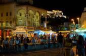 ATHENS-AUGUST 22: Nightlife on Monastiraki Square on August 22, 2014 in Athens, Greece. — Stock Photo