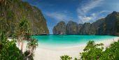 Isola di phi-phi, provincia di krabi, thailandia. — Foto Stock