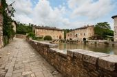 Old thermal baths in Tuscany, Italy — Stock Photo