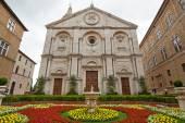 Church in Pienza village — Stock Photo