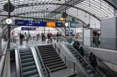 People inside Berlin Central train station — Stock Photo