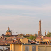 Panoramic view of the roofs of Bologna at sunset. — Stockfoto