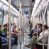 Commuters in subway wagon. — 图库照片