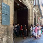 Entrance of Picasso's Museum. — Stock Photo