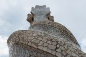 Chimney on rooftop of Gaudi's masterpiece Casa Batlo. — Stock Photo