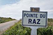 Pointe du Raz signal indication on the road. — Stock Photo