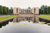 Tourists visiting American War Cemetery. — Stock Photo