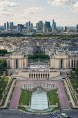 Trocadero and modern buildings — Stock Photo