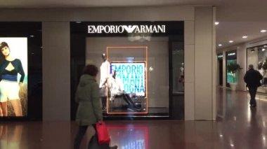 Luxury shopping center — Stock Video