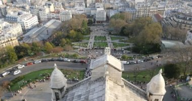 View of the city from Sacre Coeur Cathedral — Stock Video