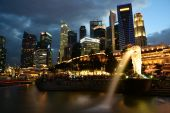 Singapore Financial District from Merlion Park — Stock Photo