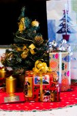 Christmas boxes with gifts and presents — Fotografia Stock