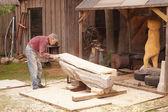 Carpenter working outside — ストック写真