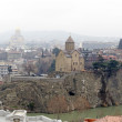 View of the historic center of Tbilisi - Metekhi temple above Mtkvari (Kura) River — Stock Photo #71912431