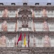 Plaza Mayor and spanish flags. — Stock Video #51971099
