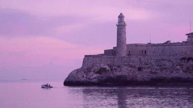 Cuba, Havana, El Morro castle, lighthouse, boat, Caribbean sea — Stock Video