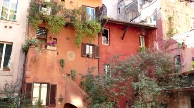 Old Traditional Picturesque Homes In Rome Roma Italy Italia — Stock Video