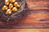 Easter gold eggs — Stock Photo