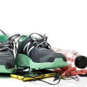 Sport shoes and gym accessories — Stock Photo