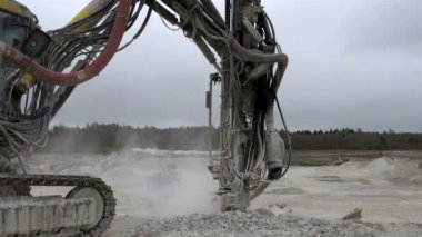Rock driller equipment working — Stock Video