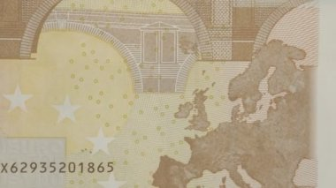 Closer look of the back detail of the 50 Euro bill — Stock Video