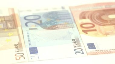 From 10 20 50 100 and 500 Euro bill lined up — Stock Video