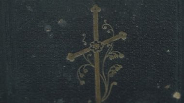 Cover detail of the bible — Stock Video