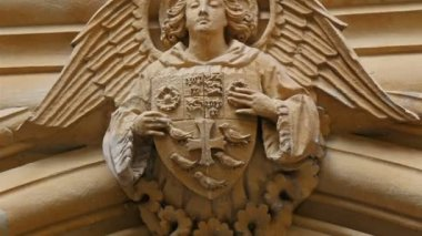 Angel sculpture from Westminster Abbey — Stok video