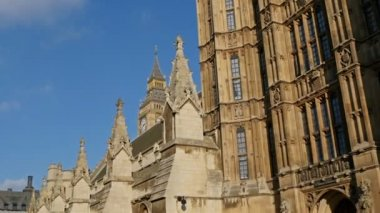 Beautiful Palace Of Westminster in London — Stock Video