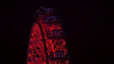 Close Night view of the London Eye — Stock Video