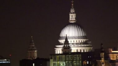 St Pauls Cathedral at night — Stock Video