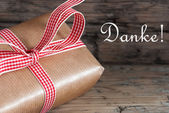 Gift with Danke — Stock Photo