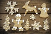 Gingerbreads on Wood — Stock Photo