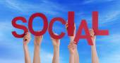 Hands Holding Social in the Sky — Stock Photo