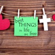 Green Tag Saying Best Things In Life Are Free — Stock Photo #56952781