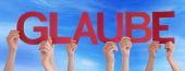 People Straight Word Glaube Mean Belief Blue Sky — Stock Photo