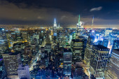 Panoramic view of Manhattan in the evening — Stock Photo