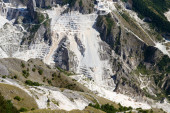 Carrara's marble quarry in Italy — Stock Photo