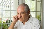 Elderly man ost in thought — ストック写真