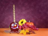 Happy halloween kola karameller äpplen — Stockfoto