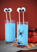 Halloween Blue Smoothie Drink with Funny Marshmallow Eyes — Stock Photo