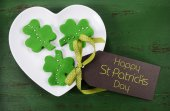 St Patricks Day green shamrock cookies — Stock Photo