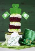 Happy St Patricks Day cupcakes — Stock Photo