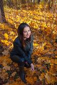 Woman enjoying autumn — Stock Photo