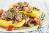 Steak Poke Papaya — Stock Photo