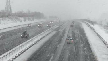 Heavy snowfall on German highway — Stock Video