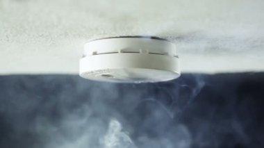 Smoke detector — Stock Video
