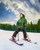 Pequeño esquiador — Foto de Stock